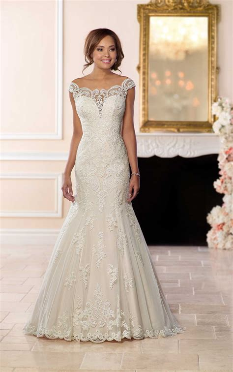 brautkleid halblang princess wedding dress with the shoulder sleeves