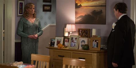 ian beale s house layout eastenders live police called to screaming viewer s