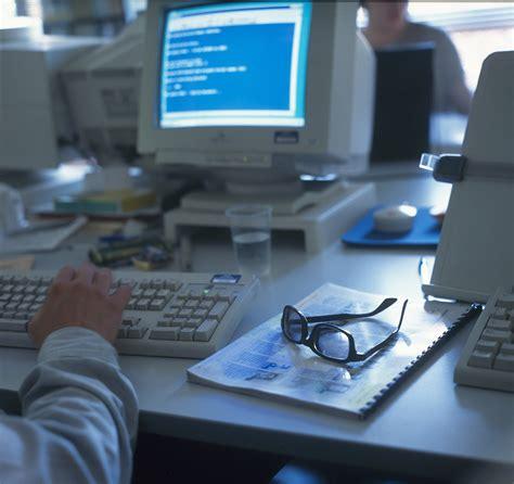 temperatura in ufficio per legge 626 troppo caldo in ufficio o in fabbrica per legge il