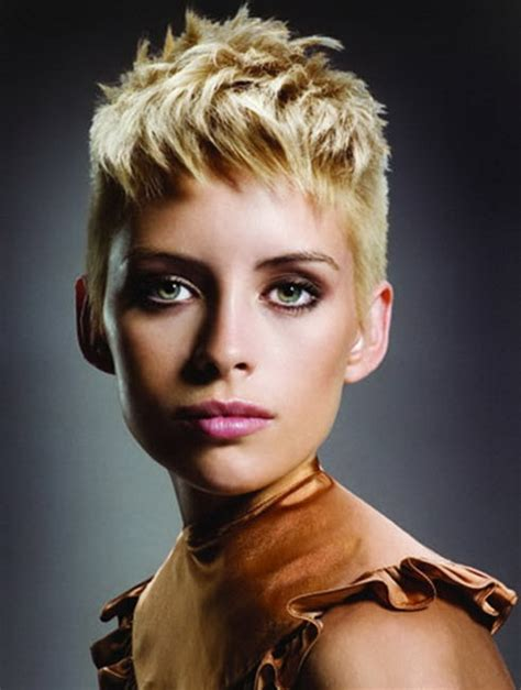 womens haircut with short sides short shaved hairstyles for women