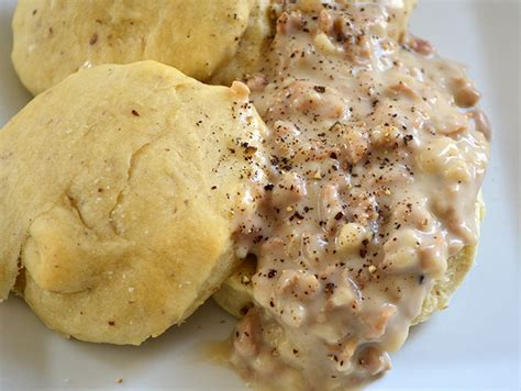 country style biscuits recipe make country sausage gravy