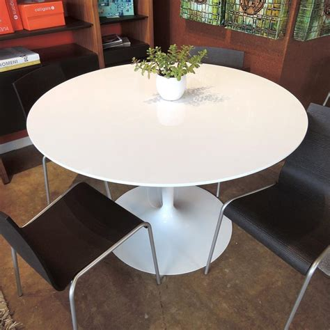 calligaris planet table white the contemporary planet table by calligaris