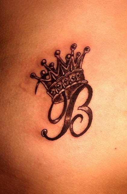 17 awesome crown tattoo designs to let your royal heart dig on best 25 crown tattoos ideas on pinterest