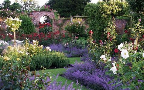 lincolnshire gardens to visit near historic towns and cities great british gardens