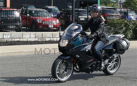 women s lightweight motorcycle bmw f800 gt motorcycle ride review full package
