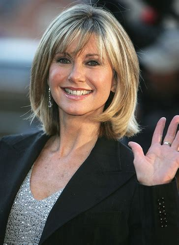olivia newton john hairstyles pictures hair obsessed cute olivia newton john hair photo