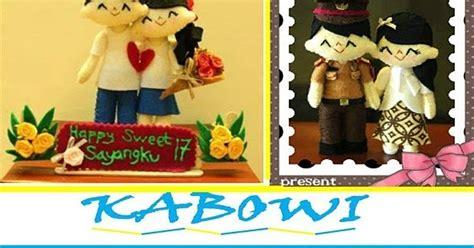 Doodle Souvenir Wisuda Aniversarry Dll kado wisuda hadiah animasi unik boneka jual flanel harga untuk pacar ultah kebaya