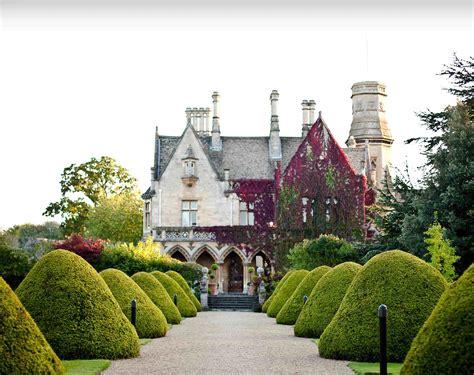 best wedding venues uk east cotswold wedding venues manor by the lake wedding