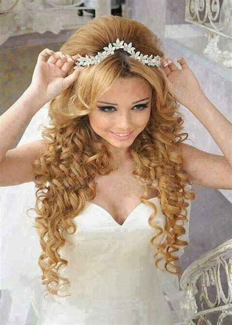 curly hairstyles quinceanera quinceanera hairstyles google search my quince