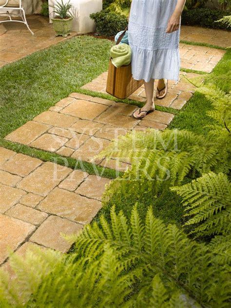 walkway pavers front walkway garden landscape walkways