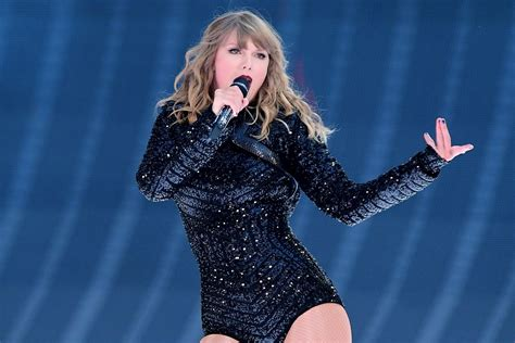 taylor swift wembley review spectacular show confirms