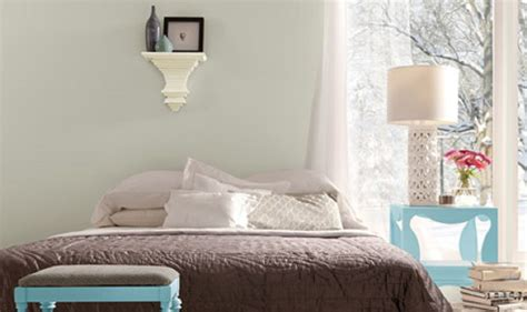 valspar soft silver sage the best relaxing bedroom paint colors