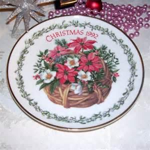 vintage trechslin decorative christmas plate by