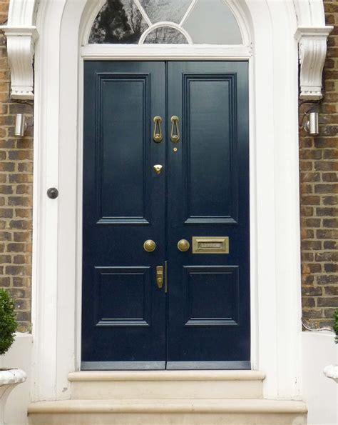 double door   georgian style  glazed fanlight