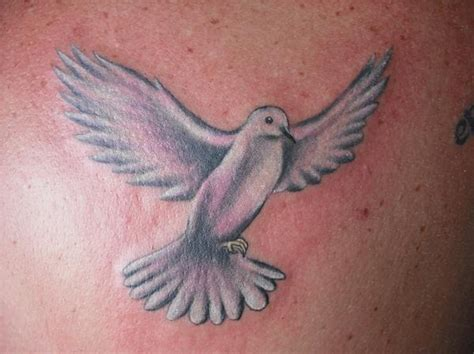 flying dove tattoo designs flying dove designs