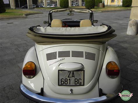 interni maggiolone maggiolone bianco cabrio interni panna wedding vintage