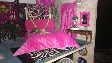 monster bedroom my monster high bedroom bedrooms for girls pinterest
