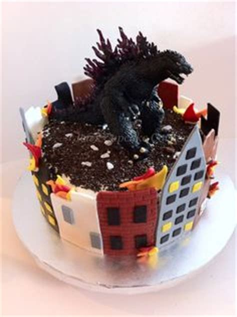 throw back king kong and godzilla cake birthday boy pinterest 1000 images about cakes cupcakes on pinterest