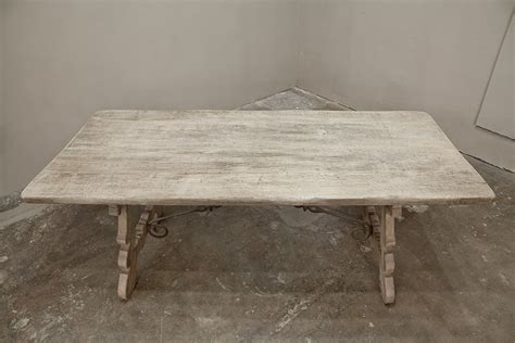 Antique Dining Room Tables With Leaves Early 1900s Antique Stripped Dining Table With Leaves At 1stdibs
