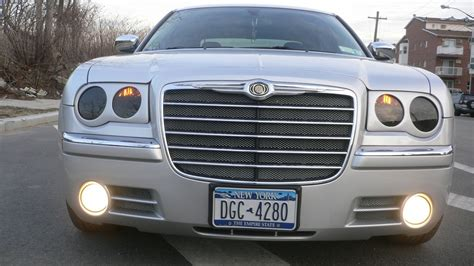 chrysler grill chrysler 300c grills car design chrysler 300 rolls