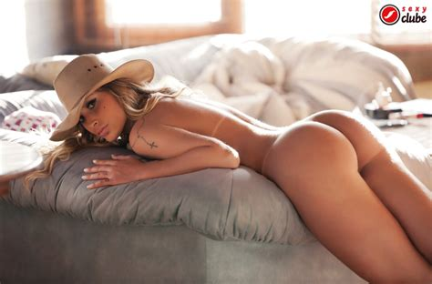 Andressa urach pefect ass and legs   bluemaize