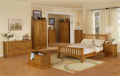 Decorating Ideas For Bedrooms With Oak Furniture Classic Oak Bedroom Furniture Decor And Design Ideas