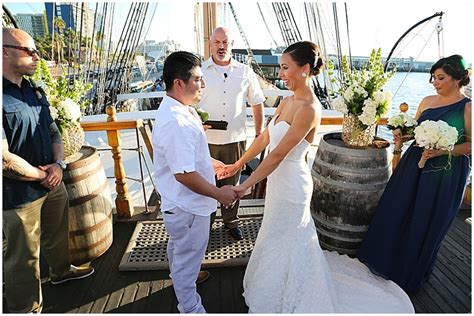 Wedding Ceremony On A Boat by Budget Savvy Wedding On A Sailing Ship The Budget Savvy