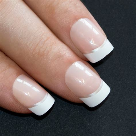 Nail By by False Nails By Bling White Silver Manicure