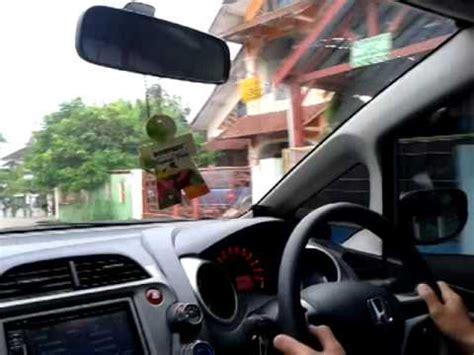 tutorial menyetir mobil bagi pemula orstats tes mengemudi doovi