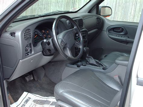 how make cars 2003 chevrolet trailblazer interior lighting 2003 chevy trailblazer interior pictures to pin on pinsdaddy