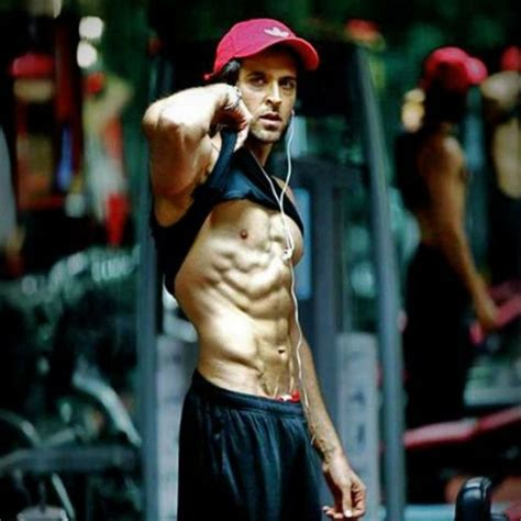 hrithik roshan gym images hrithik caught his fan clicking his photo in the gym and