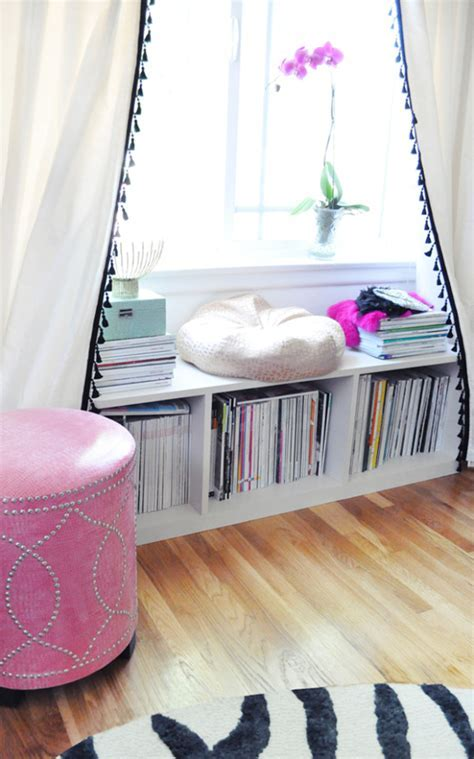 4 Ways to Update Plain Curtains ? Better HouseKeeper