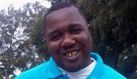 Baton Warrant Search Baton Warrant Claims Alton Sterling Reached For His Gun