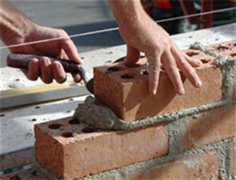 Come Demolire Un Muro In Cemento Armato by Costruire Un Muro Di Mattoni