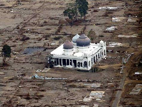 earthquake in aceh news aceh mosques surviving earthquake and tsunami