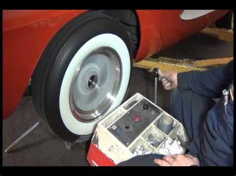balancing for car tires on car wheel tire balancing