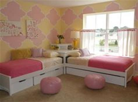 great girly bedroom corner option for sharing a room great kids teens rooms on pinterest boy rooms twin