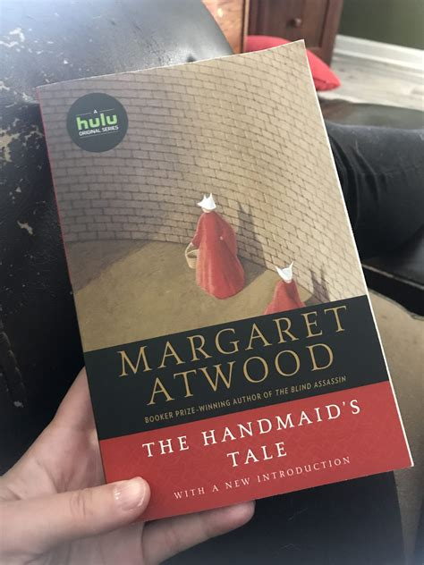reading margaret atwoods  handmaids tale