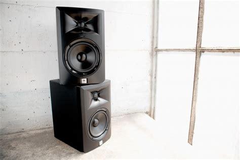Speaker Jbl Lsr305 review jbl lsr305 speakers wired