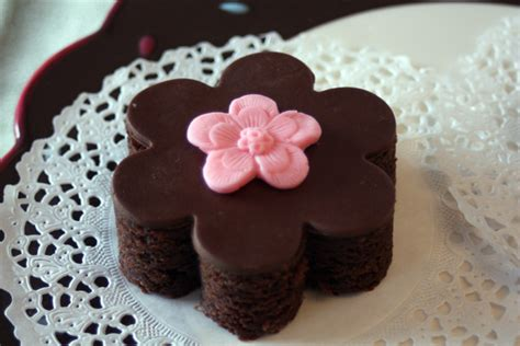 Decorated Brownies by How To Make Modeling Chocolate Around The World In