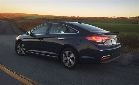 Hyundai Sonata Hybrid Limited by 2016 Hyundai Sonata Hybrid Limited Review Do The Fuel