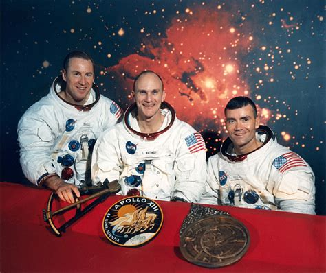 Ken Mattingly Astronaut by Ken Mattingly Explains How The Apollo 13 Differed