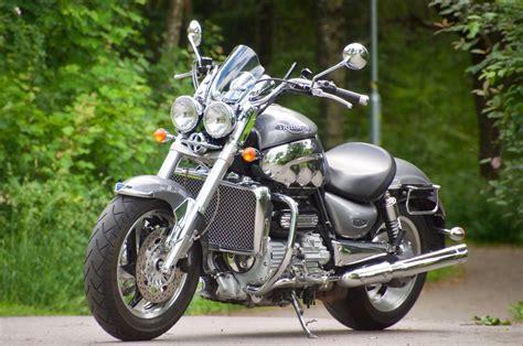 Triumph Motorrad Rocket Iii by Triumph Rocket Iii