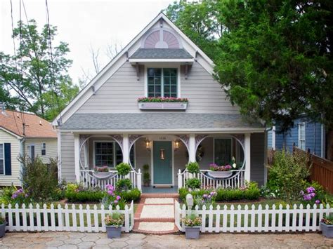 Bungalow Vs Ranch by Lush Landscaping Ideas For Your Front Yard Hgtv