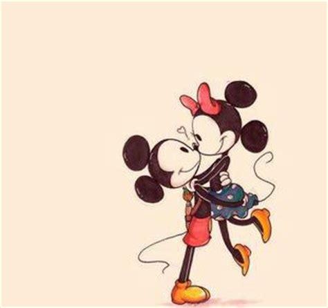 imagenes de amor animadas de disney amor dibujos disney love mickey image 2533557 by