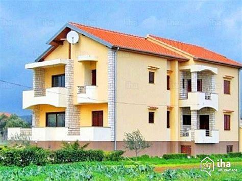 appartamenti san cassiano appartamento in affitto in una casa a san cassiano iha 60517