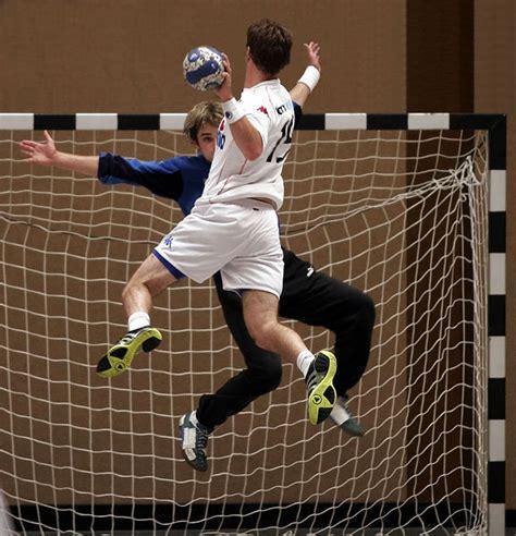 imagenes de niños jugando al handbol reglas del hambol o handball taringa