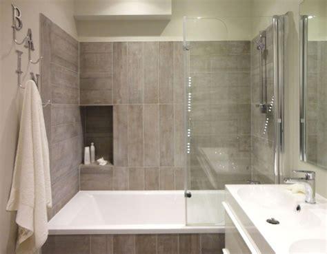 chambre baignoire chambre salle de bain avec baignoire et