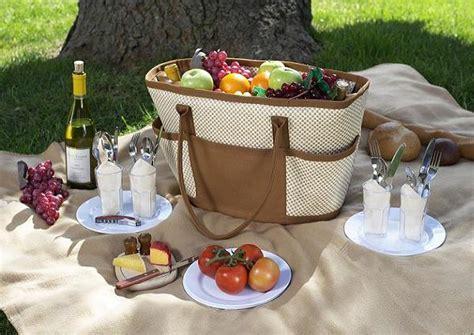 Romantic Picnic Food Ideas   Easyday