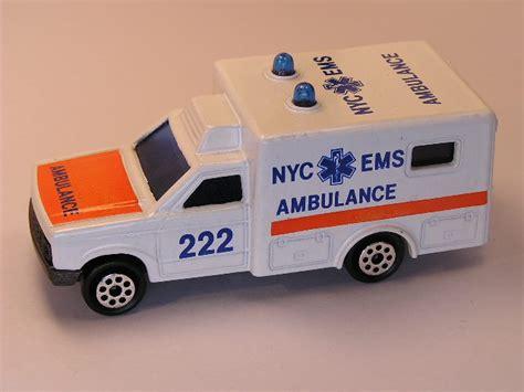 Majorette Ambulance majorette 255 d ambulance truck